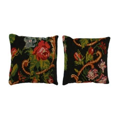 Contemporary Pair of Square Pattern Wool Scatter Cushions