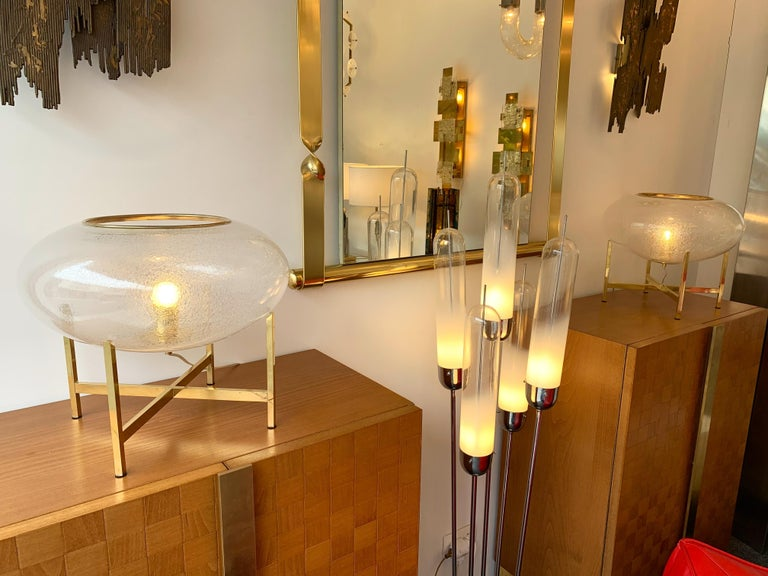 Contemporary Pair of UFO Brass and Murano Glass Lamps For Sale 3