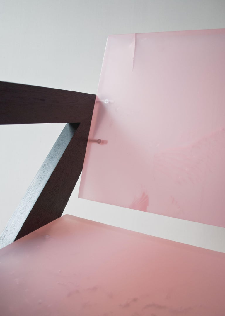 Contemporary Pink Resin Chair, Inspired by Pierre Jeanneret For Sale 4