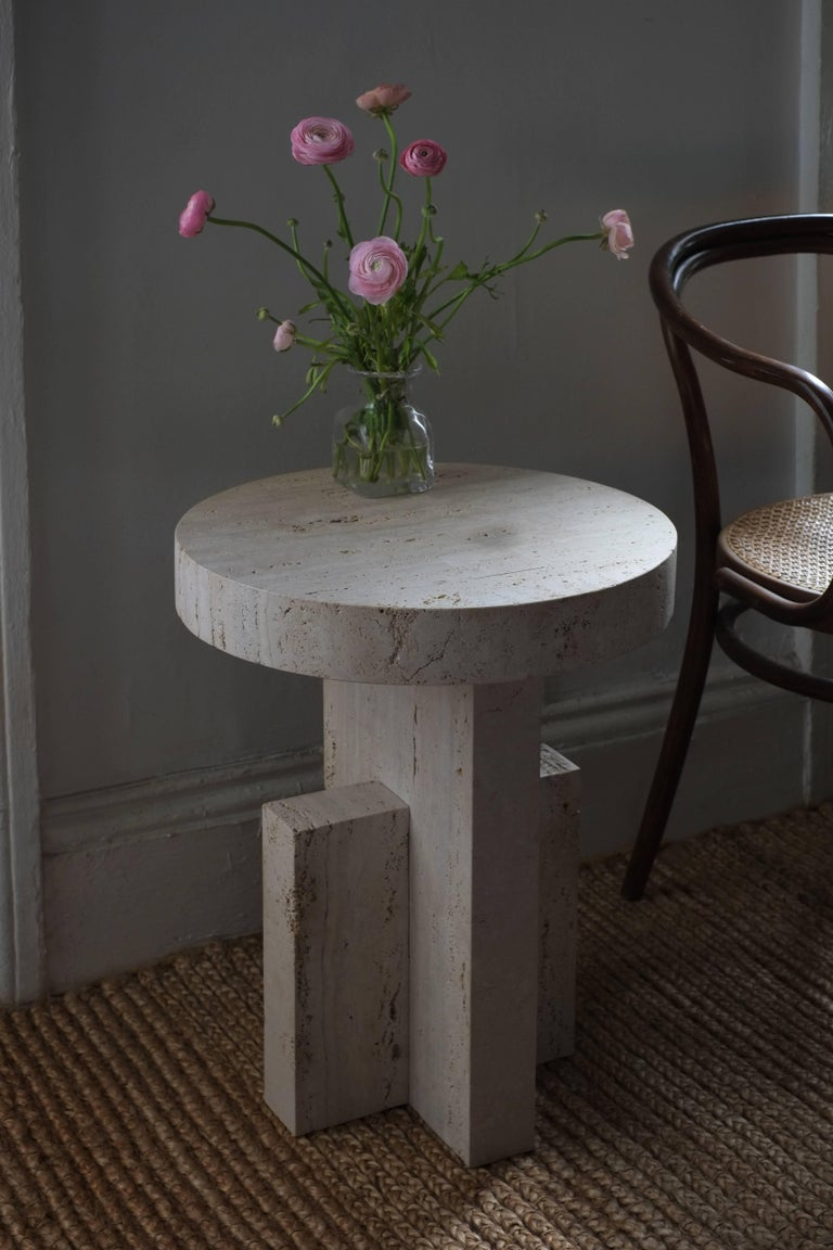Contemporary Planar Side Table in Travertine Stone by Fort Standard For Sale 3
