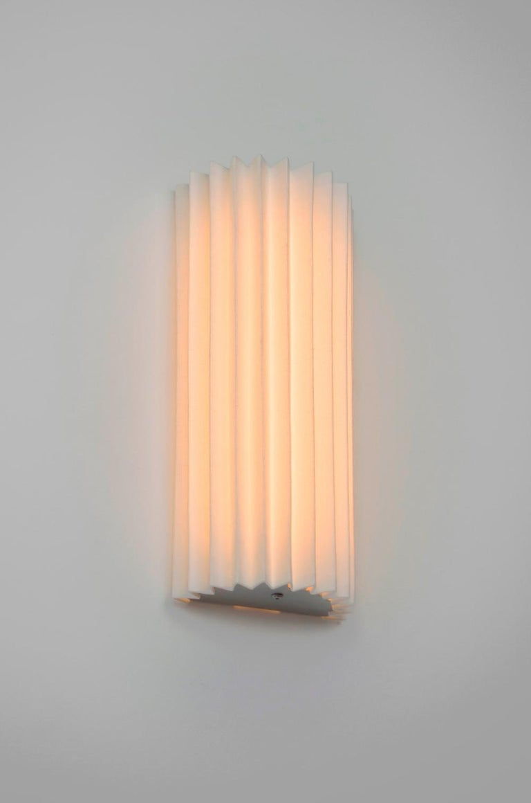 Contemporary Pleated Wall Light with Linen Shade off-white Handmade  For Sale 1