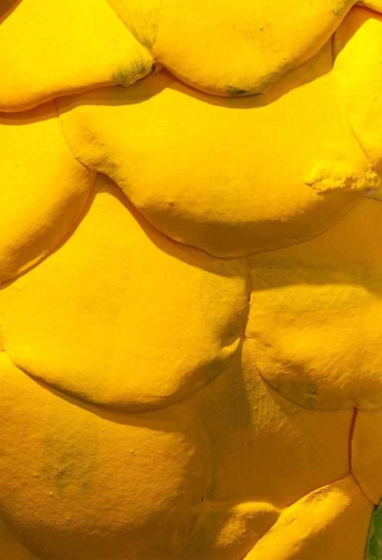 Zeitgenössische gelbe Vase, Polyurethanschaum 10