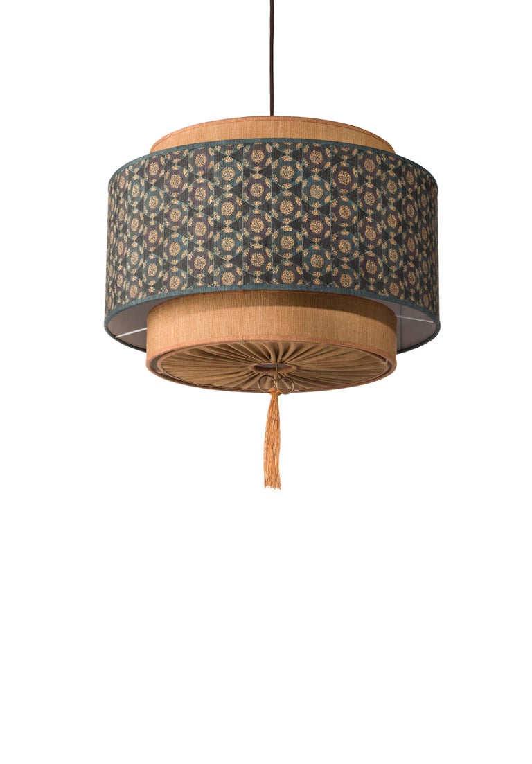 Modern Contemporary QD08 Pendant Lamp with Tussah Silk Lampshade For Sale
