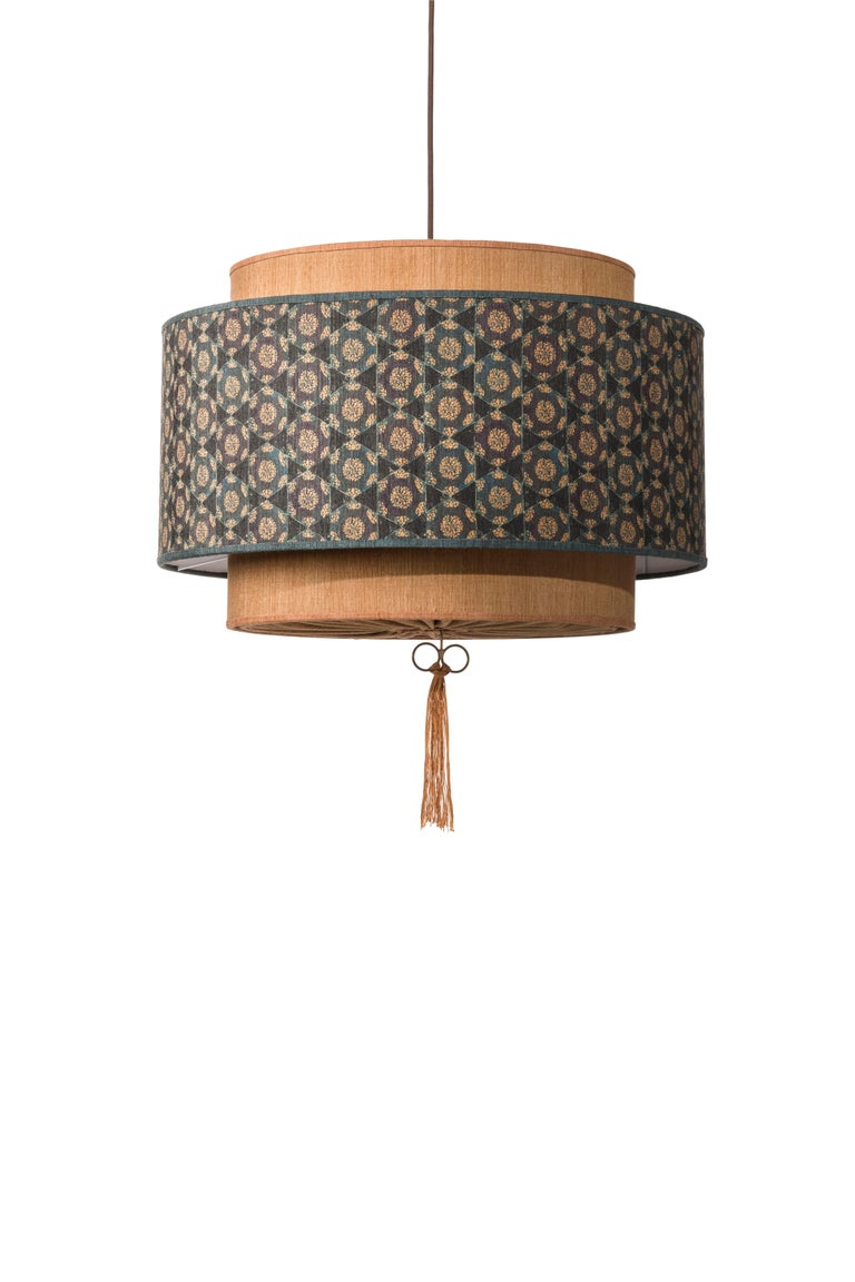 Italian Contemporary QD08 Pendant Lamp with Tussah Silk Lampshade For Sale
