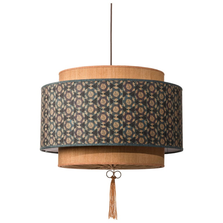 Contemporary QD08 Pendant Lamp with Tussah Silk Lampshade For Sale