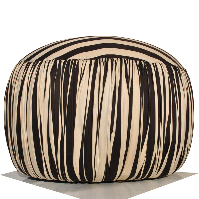 Contemporary Round Black And White Pouf Ottoman For Sale 3