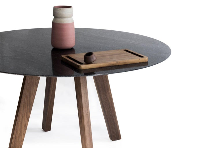 Contemporary Round Table, Walnut Designed by LCMX In New Condition For Sale In Mexico City, MX