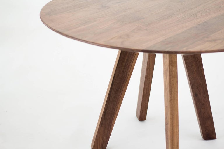 The Regia table is a timeless dining table that guarantees continuity over trends. The materials carefully selected transmit strength and versatility  The table is composed of a structure of four legs in walnut wood, where the beautiful 35mm