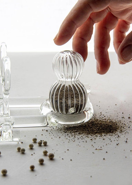 Italian Contemporary Salt and Pepper Shaker Tableware Kitchen Set Glass Handmade For Sale
