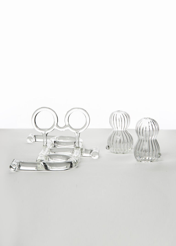 Contemporary Salt and Pepper Shaker Tableware Kitchen Set Glass Handmade For Sale 1