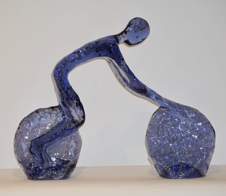 Contemporary Sapphire Cobalt Blue Lucite Sculpture of Modern Minimalist Cyclist For Sale 4