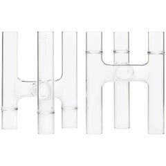 Zeitgenössisches Set aus zwei tschechischen Trio Kandelaber/Knospen Vasen aus klarem Glas, auf Lager EU