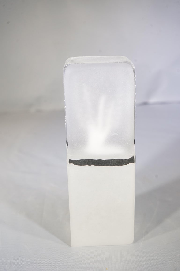 Contemporary Small French Clear, White and Black Blown Glass Objet Sculpture For Sale 2