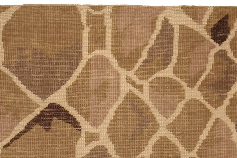 Contemporary Snake Design Hand Knotted Wool Rug In New Condition For Sale In New York, NY