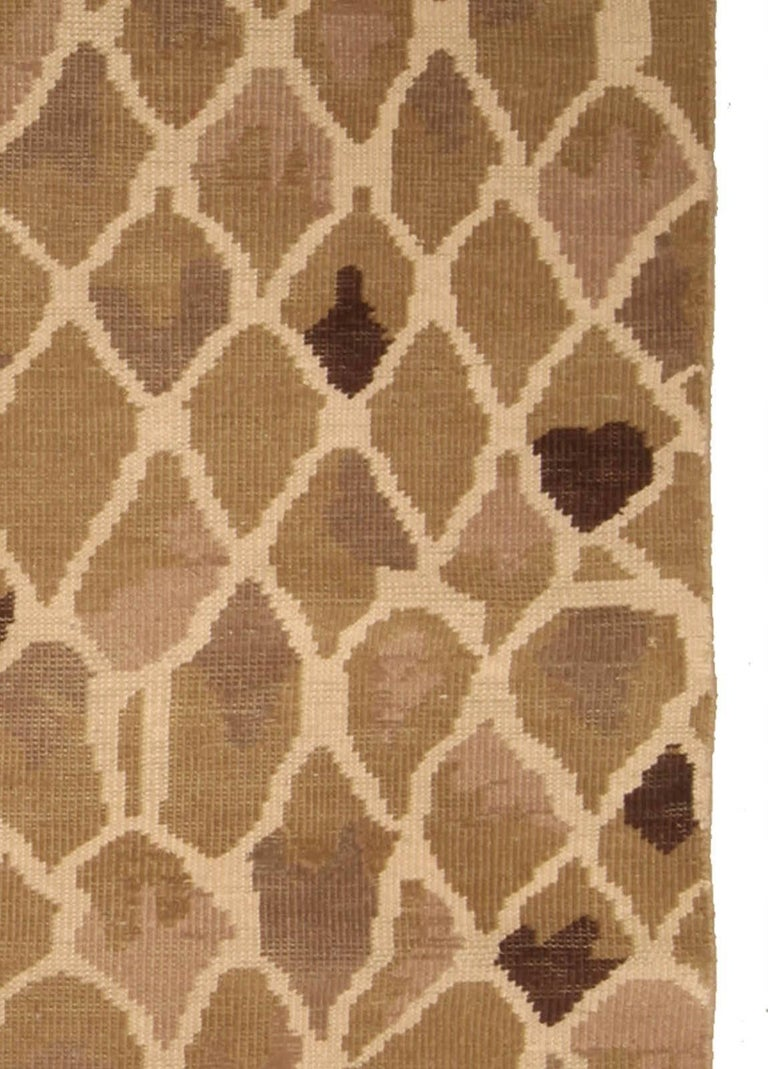 Contemporary Snake Design Hand Knotted Wool Rug For Sale 1