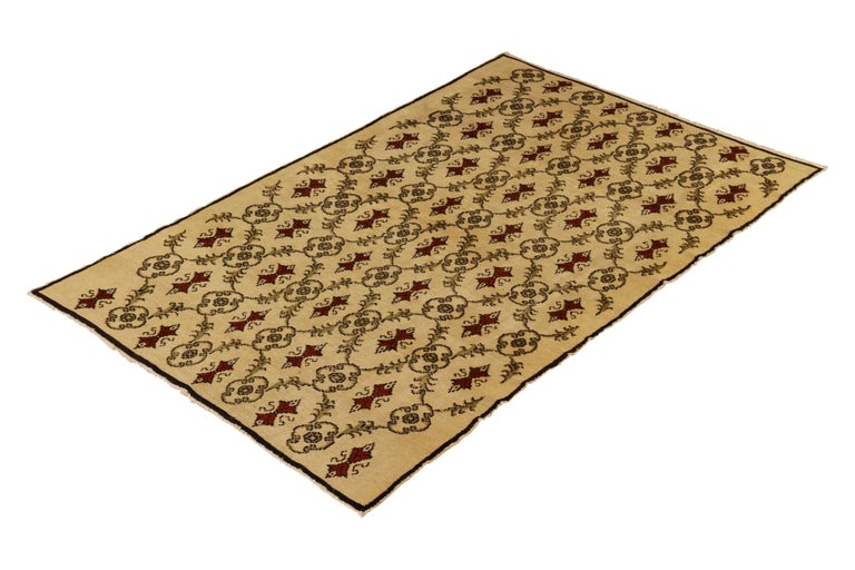 Hand knotted in wool originating from Turkey, this contemporary rug draws inspiration from the Anatolian Sparta rug designs of the 1930s and onward, capturing the play of Turkish and European sensibility marrying some of the most beloved design