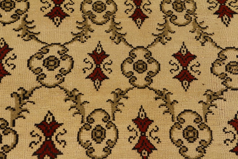 Islamic Contemporary Sparta Rug Beige Red Green Transitional Floral Pattern For Sale