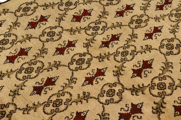 Turkish Contemporary Sparta Rug Beige Red Green Transitional Floral Pattern For Sale
