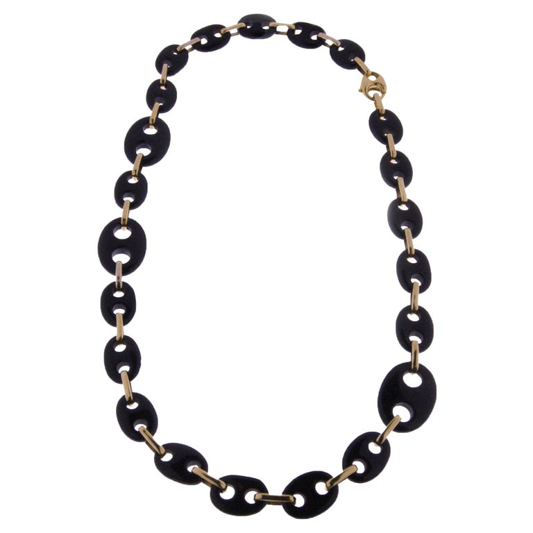 Contemporary Statement Onyx and 18k Yellow Gold Chain Necklace For Sale
