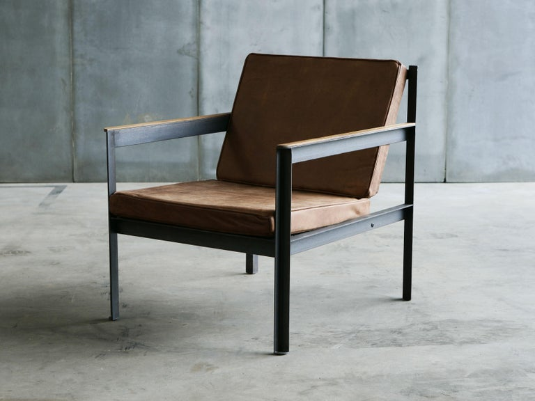 Contemporary Steel Armchair in Brutalist Style For Sale 2