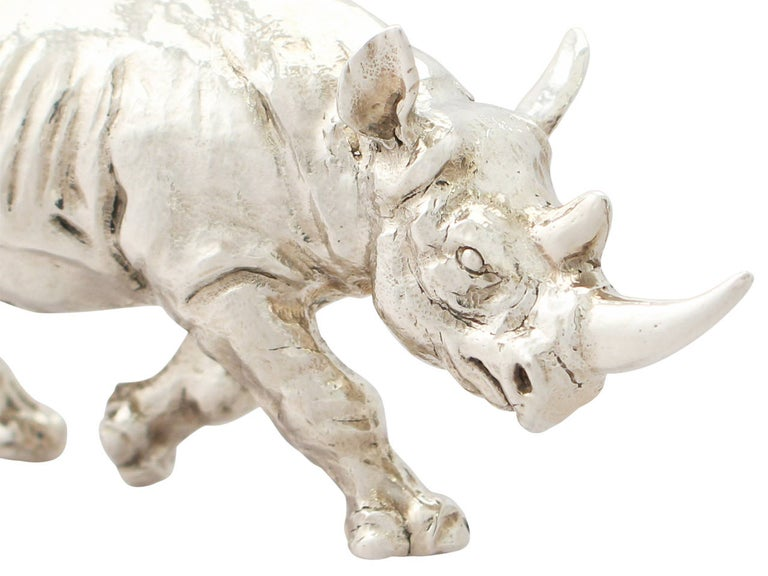 Contemporary Sterling Silver Model of a Rhinoceros, 2011 In Excellent Condition For Sale In Jesmond, Newcastle Upon Tyne