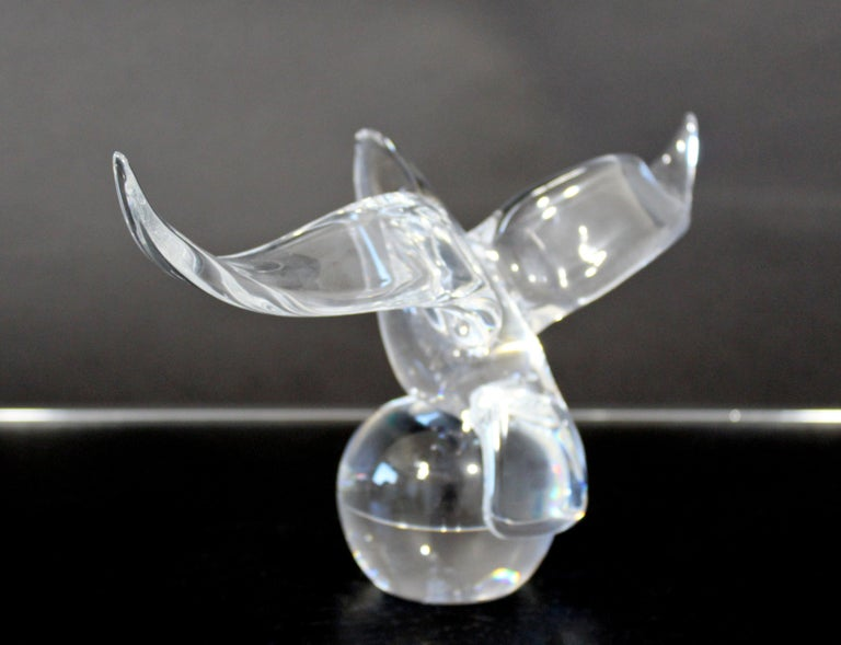 Contemporary Steuben Signed Eagle on Ball Statuette Glass Table Sculpture 4