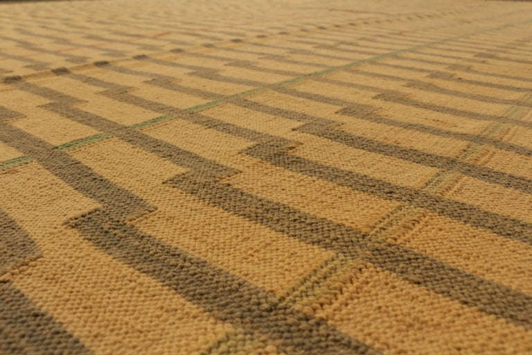 Contemporary Striped Flat-Weave Beige Brown Pattern by Rug & Kilim In Good Condition For Sale In Long Island City, NY