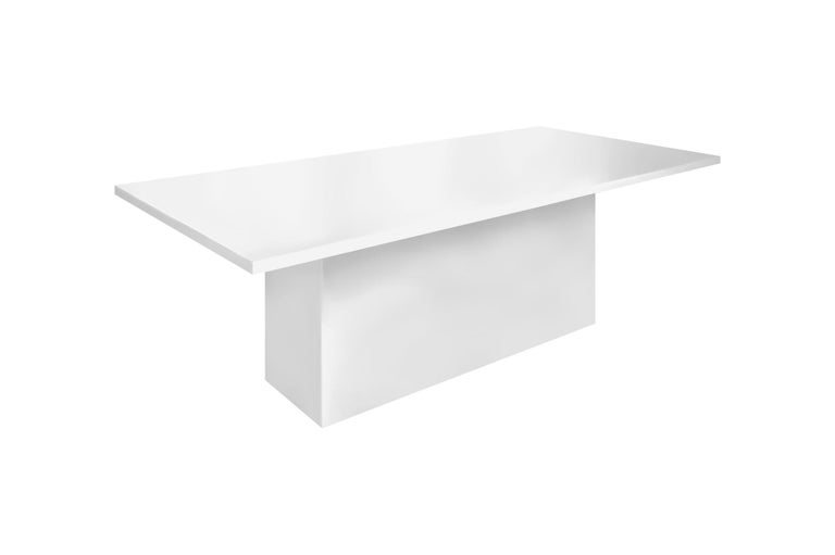 Contemporary Style Dining Table for Outdoor Use, Matte White In New Condition For Sale In New York, NY