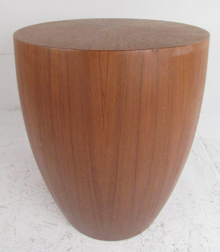 Nicely veneered plant pedestal or end table in teak. Very heavy and well constructed, it can also be used as a stool. Please confirm item location (NY or NJ) with dealer.