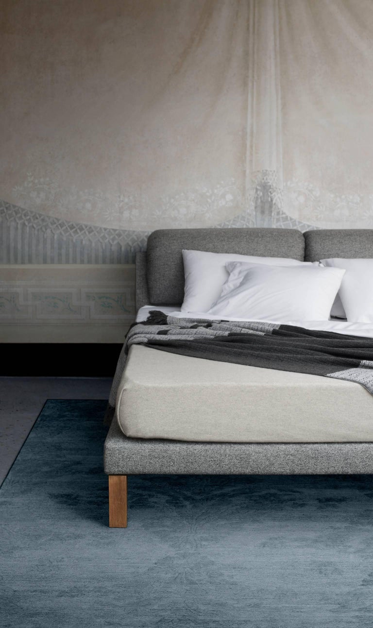Modern Contemporary Bed, Handmade in Italy, Customizable For Sale