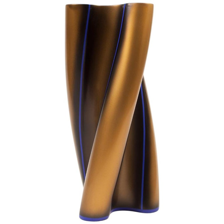 Contemporary Three Swirling Lobes Copper Lacquered Ceramic Vase For Sale