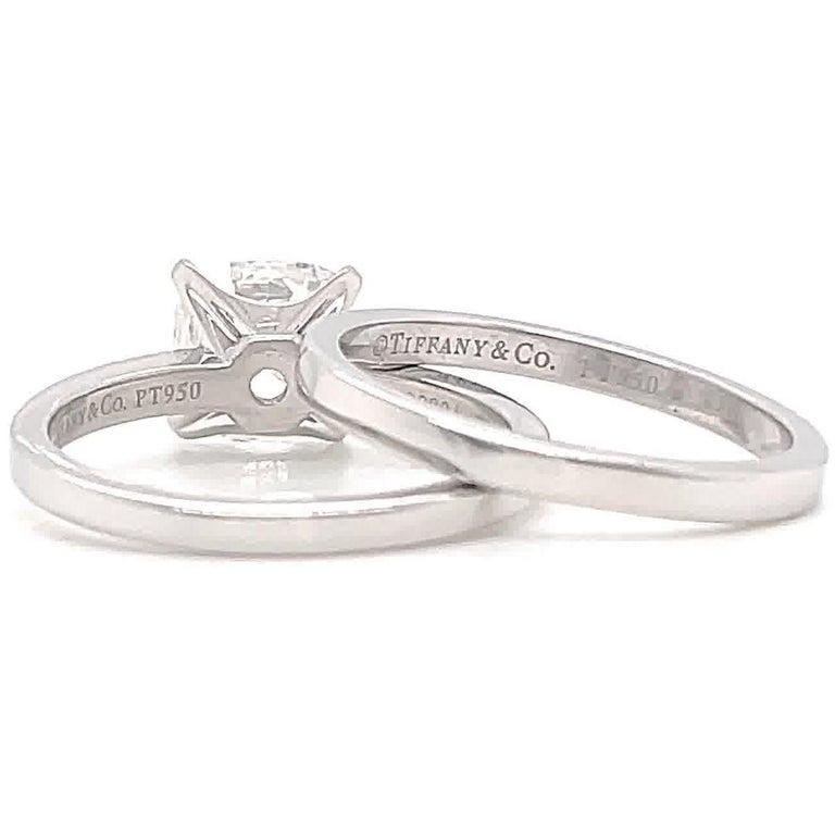 Women's Contemporary Tiffany & Co. 2.01 Carat Diamond Platinum Solitaire Wedding Set For Sale