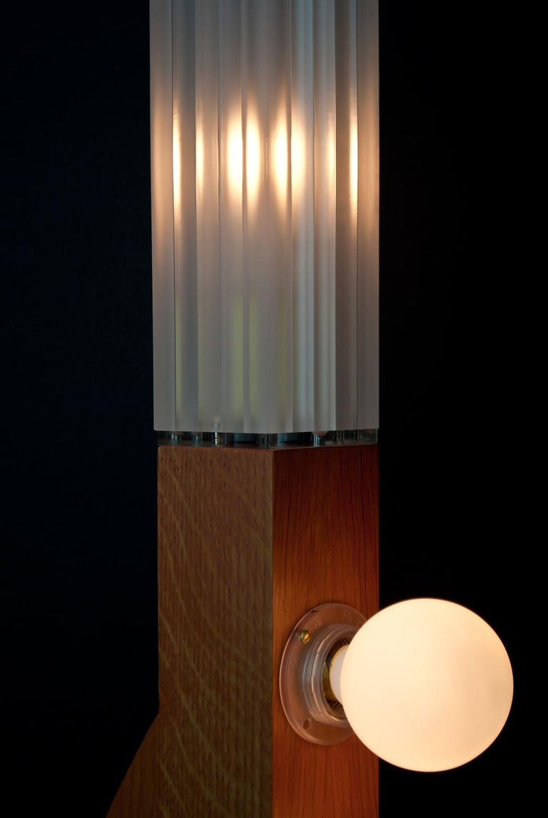 British Contemporary Tower Floor Lamp with Terracotta Geometric Oak Base & Frosted shade For Sale