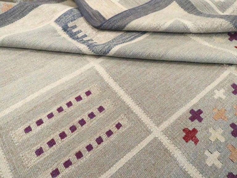 Contemporary Turkish Flat-Weave Accent Rug Inspired by Swedish Kilims For Sale 4