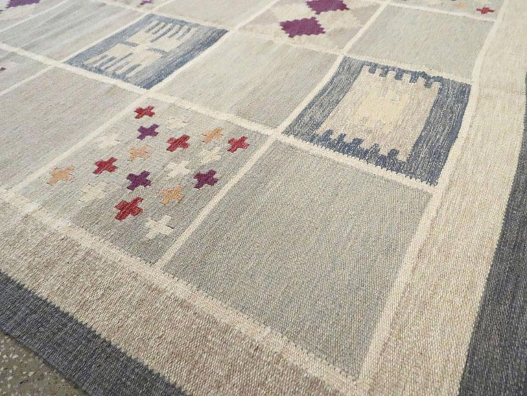 Contemporary Turkish Flat-Weave Accent Rug Inspired by Swedish Kilims For Sale 3
