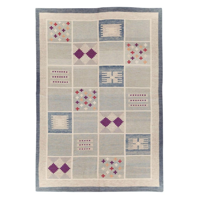 Contemporary Turkish Flat-Weave Accent Rug Inspired by Swedish Kilims For Sale