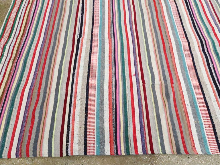Contemporary Turkish Handmade Flat-Weave Room Size Carpet with Vibrant Colors For Sale 3