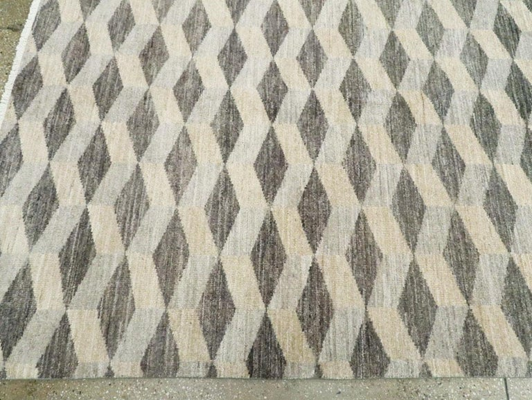 Contemporary Turkish Room Size Carpet with a Neutral Toned Diamond Cube Pattern For Sale 1