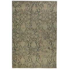 Contemporary Turkish Sultanabad Style Rug with Large Flower Heads Design