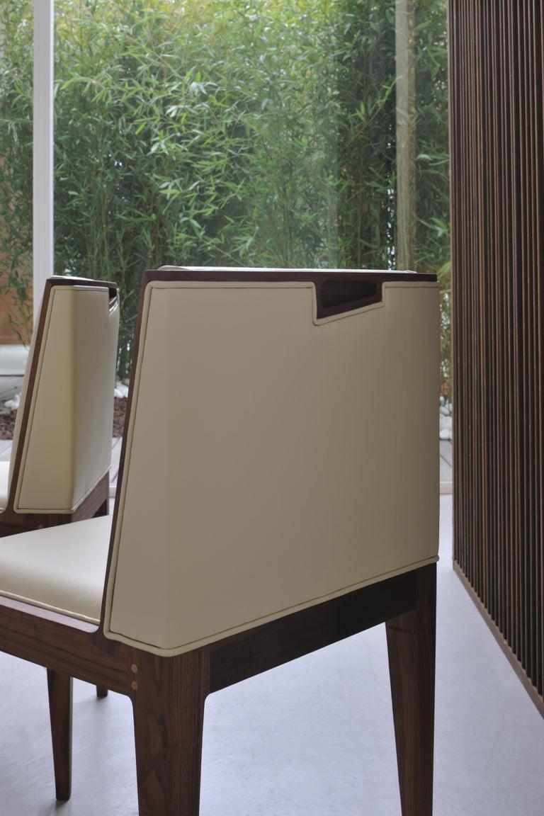 Zeitgenössischer Polsterstuhl von Canaletto aus Nussbaum-Holz 3