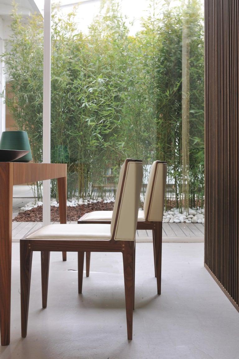 Zeitgenössischer Polsterstuhl von Canaletto aus Nussbaum-Holz 7
