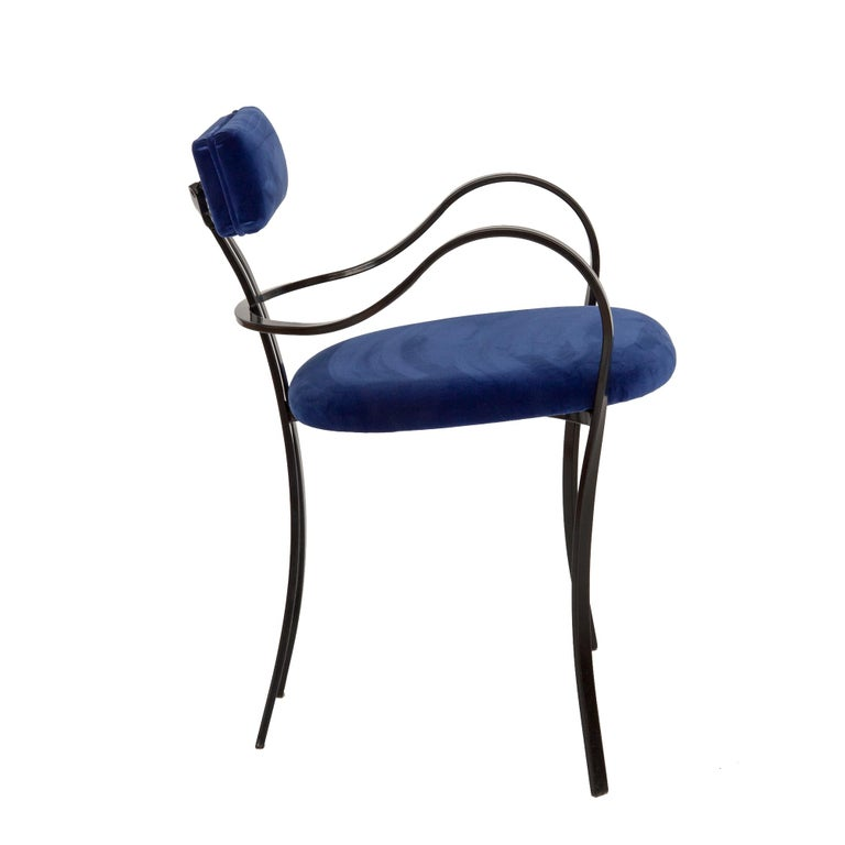 Mid-Century Modern Contemporary Violet Chair with Velvet Seat and Seatback in Blue Color For Sale