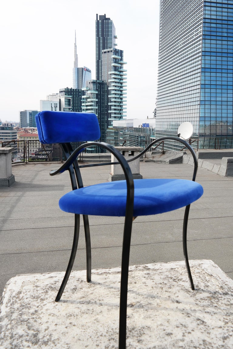 Contemporary Violet Chair with Velvet Seat and Seatback in Blue Color For Sale 1