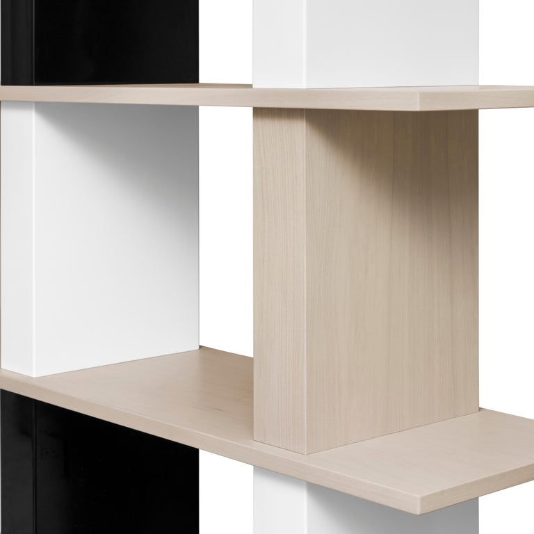 Minimalist Contemporary Walnut and Lacquer Étagère / Book Shelf By Alex P White For Sale