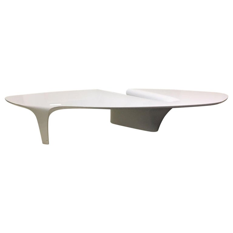 Contemporary White Lacquered Coffee Table by Fredrikson Stallard for Driade For Sale
