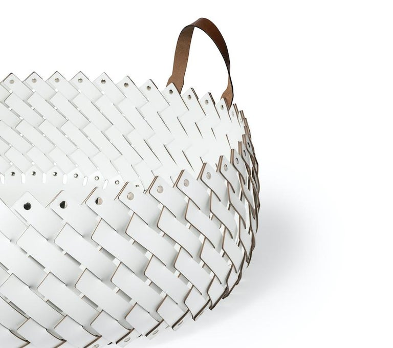 Contemporary White Woven Leather Almeria Pinetti Basket with Handles In New Condition For Sale In Aspen, CO