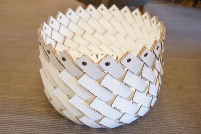 Contemporary White Woven Leather Almeria Small Basket In New Condition In Aspen, CO