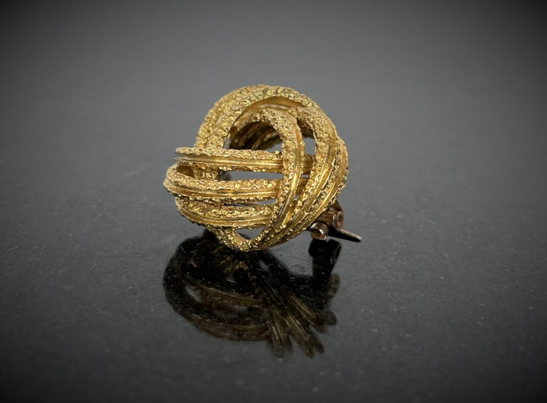 Contemporary Yellow Gold Brooch In New Condition For Sale In Porto, PT