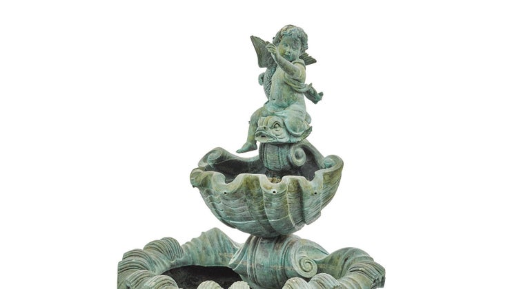 Continental Baroque Style Green Patinated Bronze Figural Fountain In Good Condition For Sale In Cypress, CA