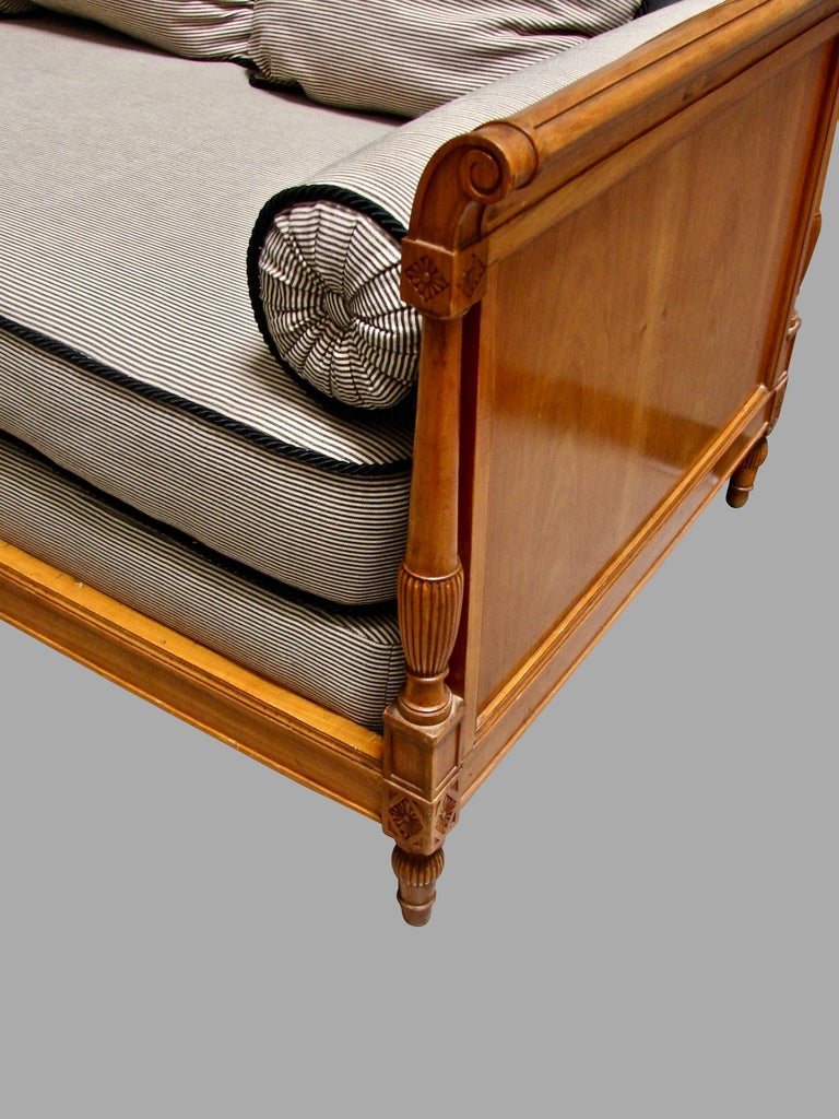 19th Century Continental Fruitwood Biedermeier Style Upholstered Daybed